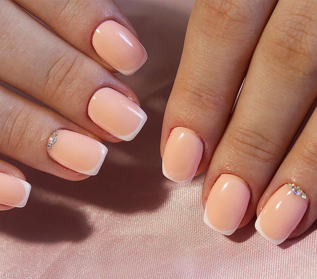 Kurzen french nägeln bei nails Maniküre auf